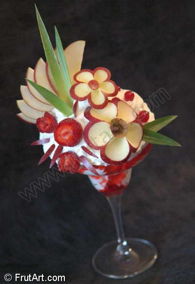 IceCream Coupes. FrutArt. Galerie d'images. Sculpture fruits. Fruit Art.